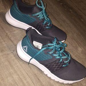 Reebok WOMENS new sneakers 😊💝💙🧚🏼♀️